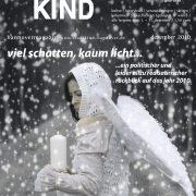 Titelbild Magazin Stadtkind - Engel im Schneegestöber mit Kerze in der Hand